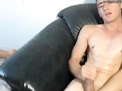 Webcam gay porn turned on guy's tight dick
