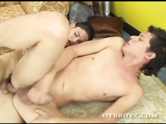 Handsome twinks are sucking dicks and fucking asses