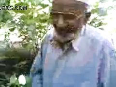 old-pakistan-xxx-putting-a-penus-a-girls-pussy